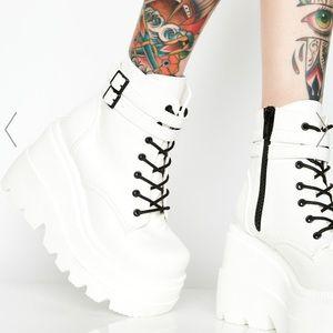 DEMONIA Shaker Boots Platform White